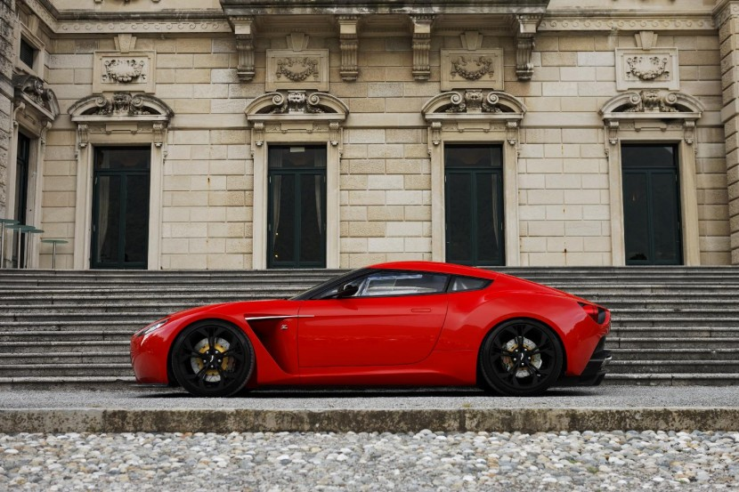 Aston Martin V12 Zagato wins design award at Villa D'este, Italy