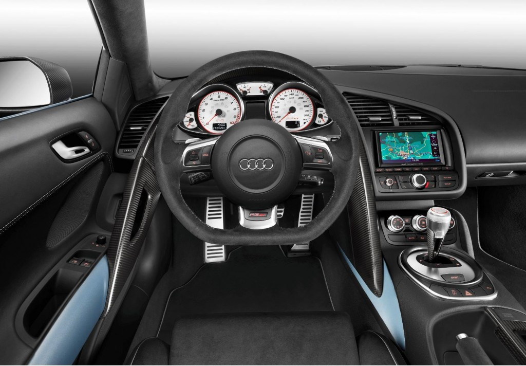 Great attention to detail is evident in the materials and workmanship inside the R8 GT Spyder