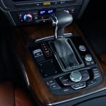 2012 Audi A7 centre console