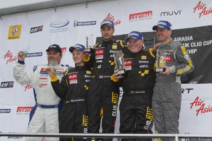 Double delight for Colburn in AirAsia Renault UK Clio Cup