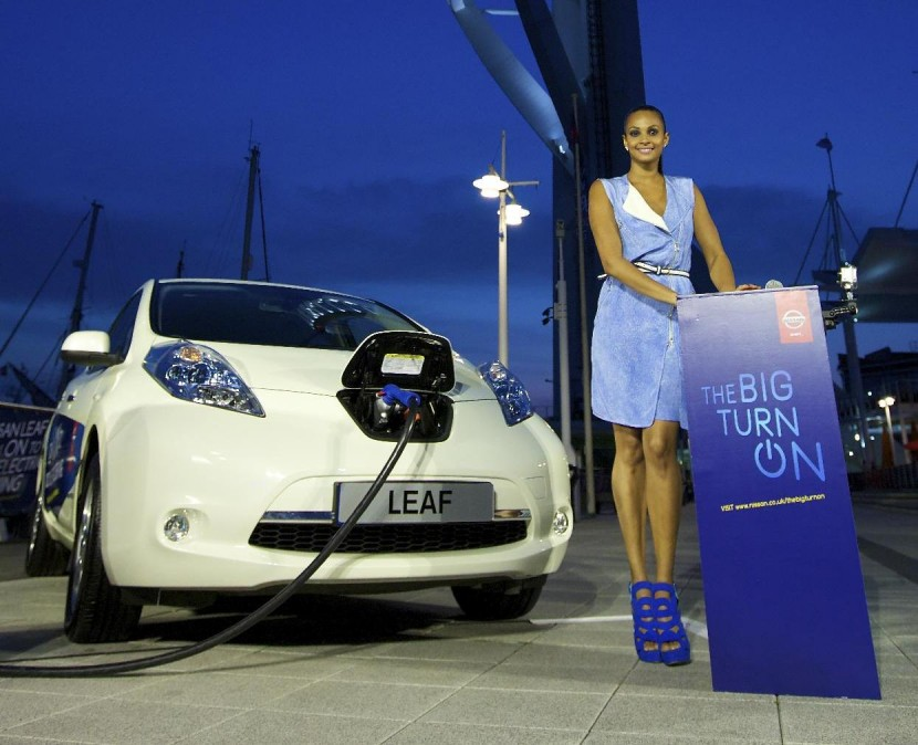 Alesha Dixon lights up Spinnaker Tower with a Nissan LEAF