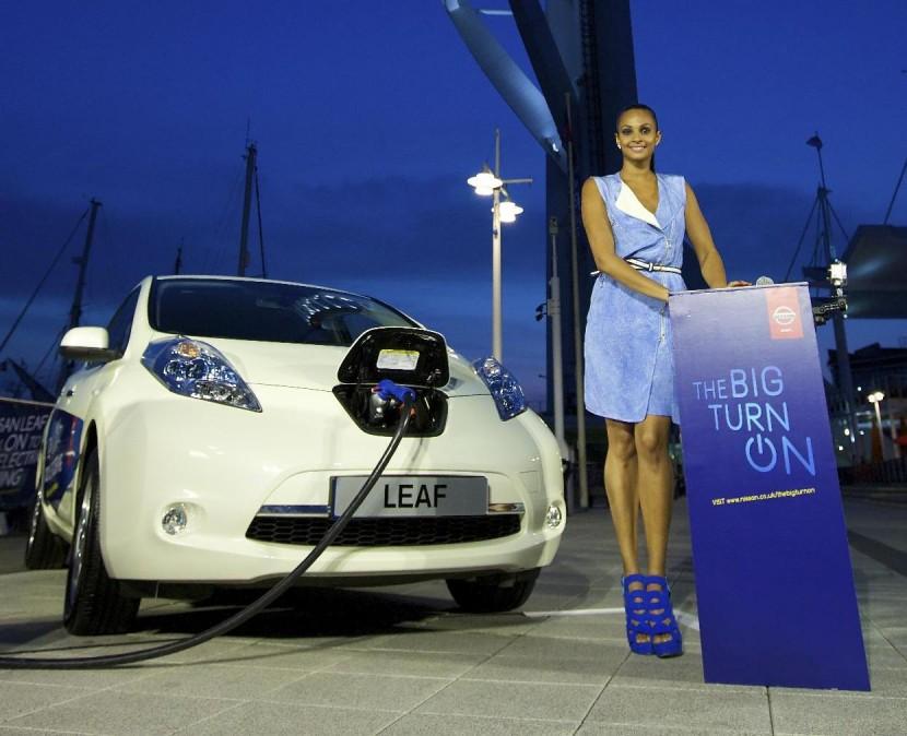 Alesha Dixon lights up Spinnaker Tower with a Nissan LEAF
