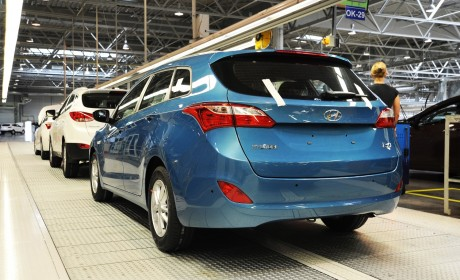 Production of New Generation i30 Tourer starts at Hyundai's Czech factory