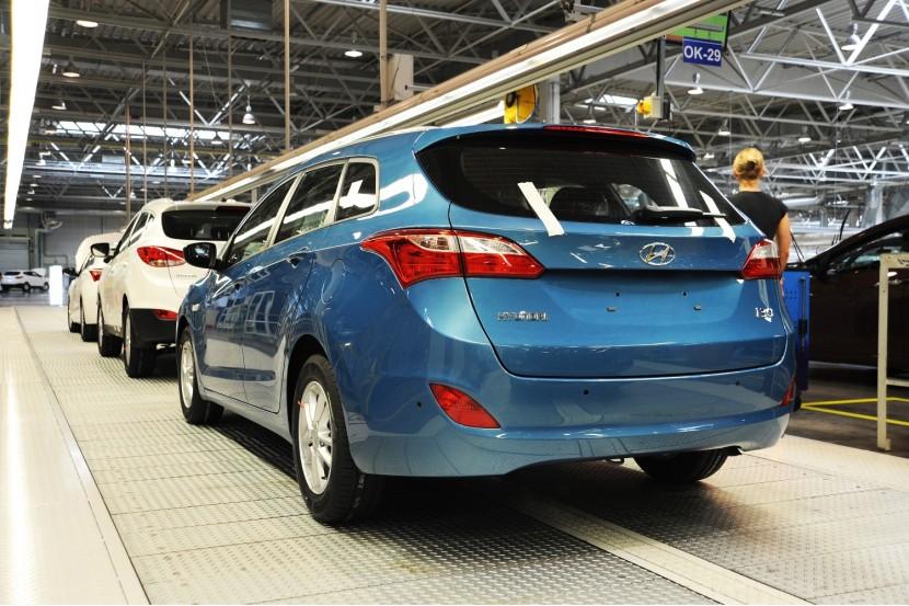 Production of New Generation i30 Tourer starts at Hyundai's Czech factory