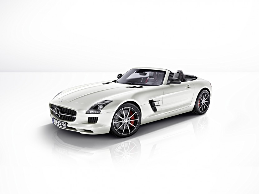 The new SLS AMG GT Gullwing and Roadster