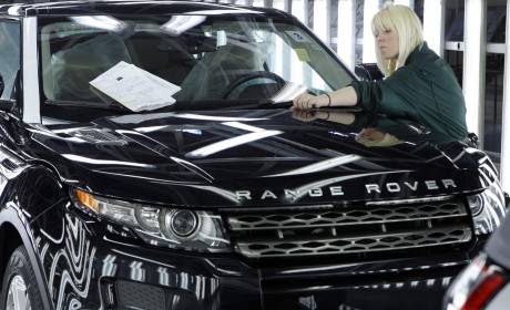 Land Rover celebrates one year of Range Rover Evoque production