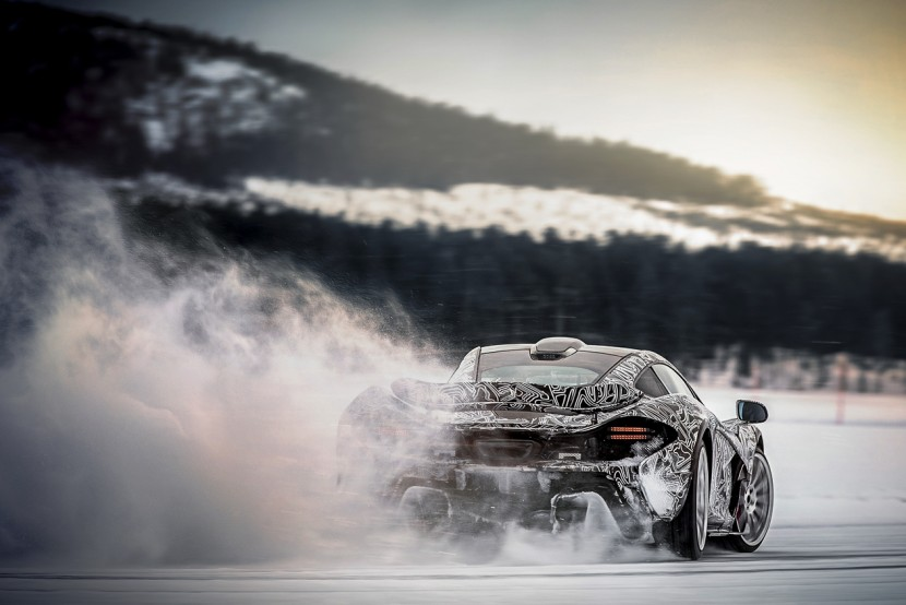 McLaren P1 winter testing – driven on ice