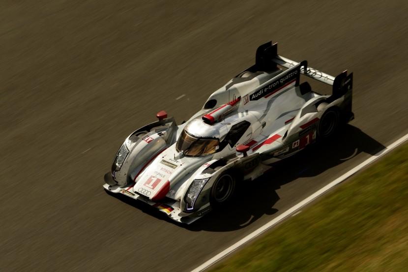 Audi R18 e-tron Hybrid Quattro Drive Race Car Wins Le Mans 24 Hours