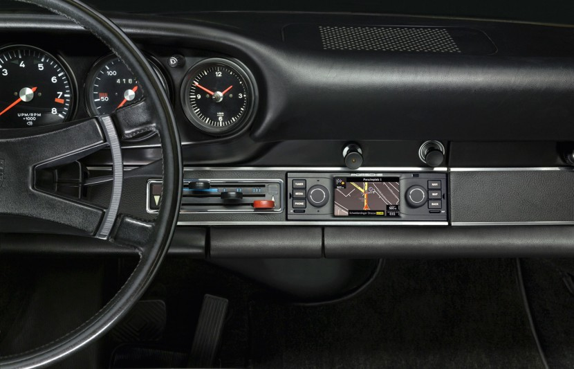 New hi-tech navigation radio available for classic Porsche sports cars