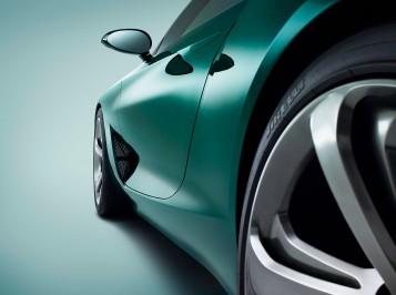 Bentley EXP 10 Speed 6 Sleek Design With Performance DNA
