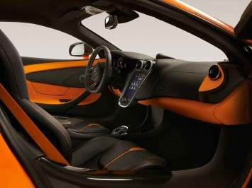 McLaren 570S Coupé Interior