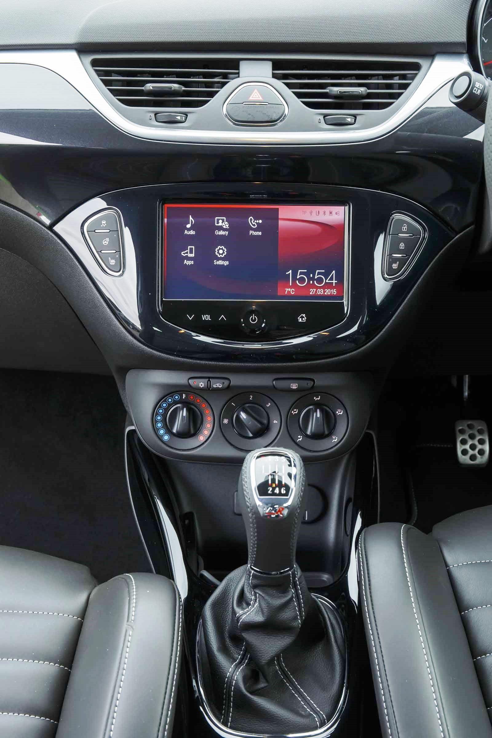 Vauxhall Corsa VXR Centre Console