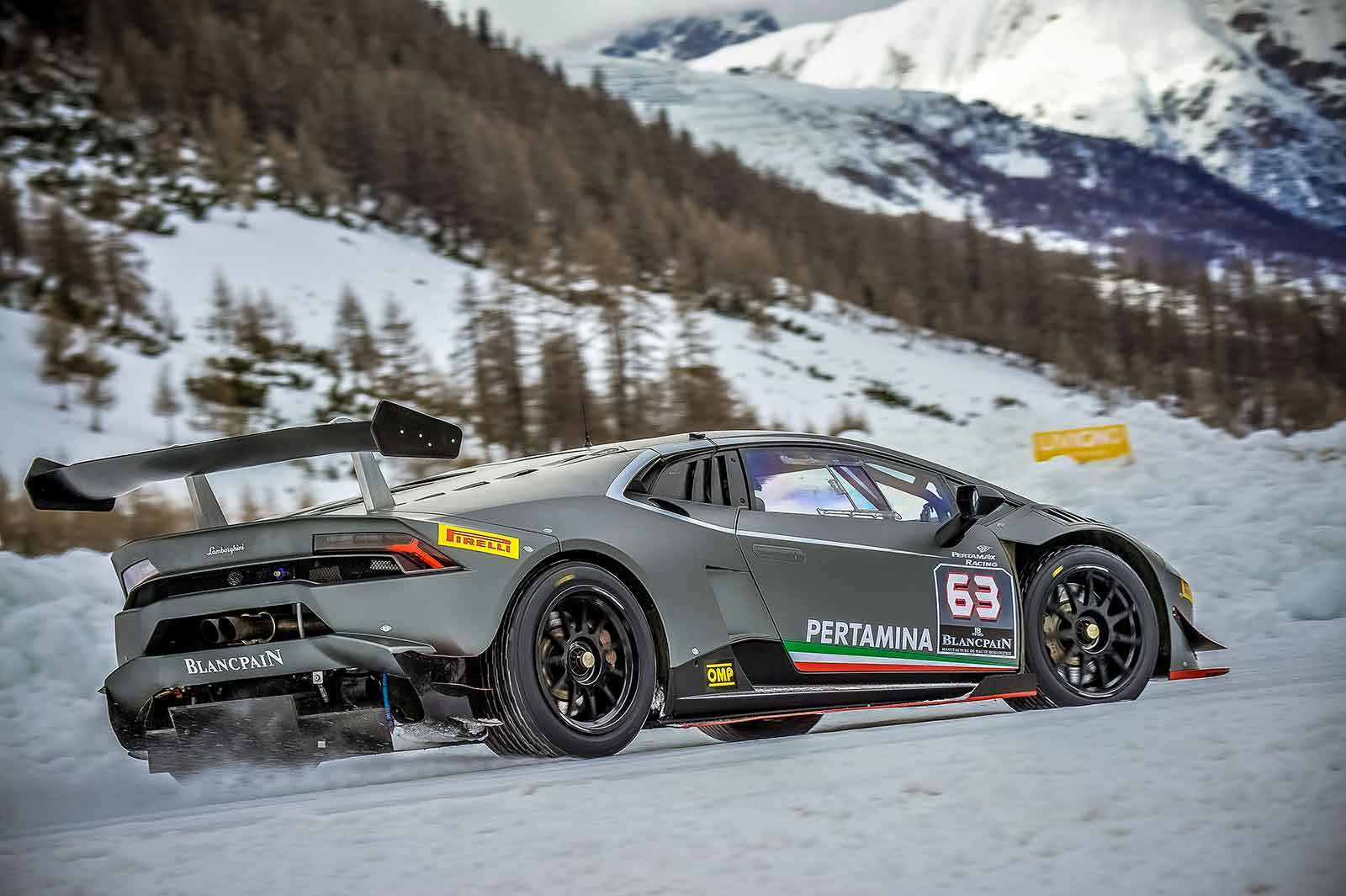 Driving the Lamborghini Huracán LP-620-2 Super Trofeo racecar in the snow.